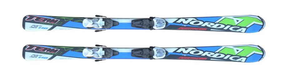 Alquiler de esquís MARCA: NORDICA MODELO: DOBERMAN TEAM RACE JR