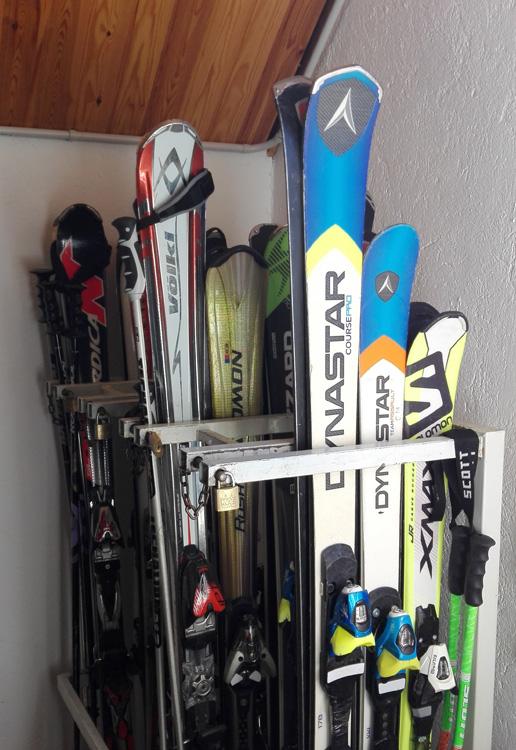 Taquillas guarda esquís de alquiler Güerri