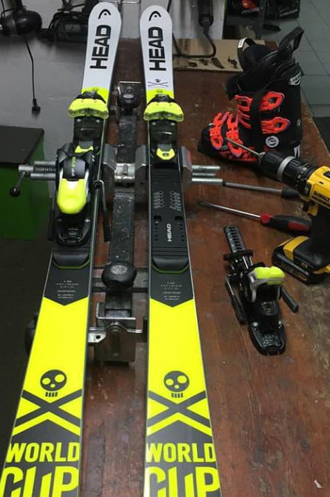 taller de reparación de esquís